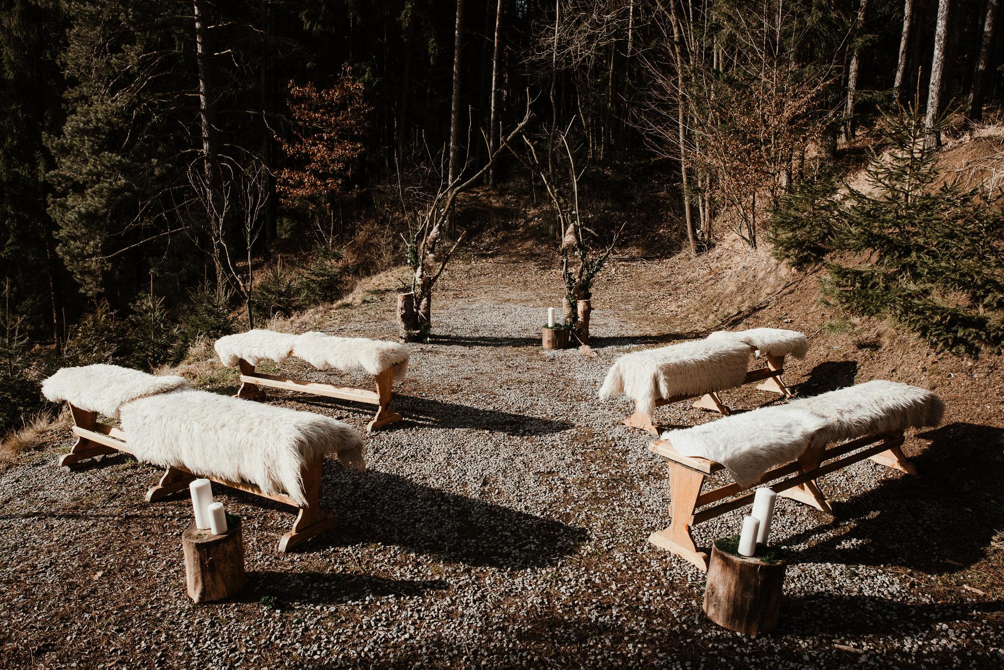 Lesní svatba v zimě