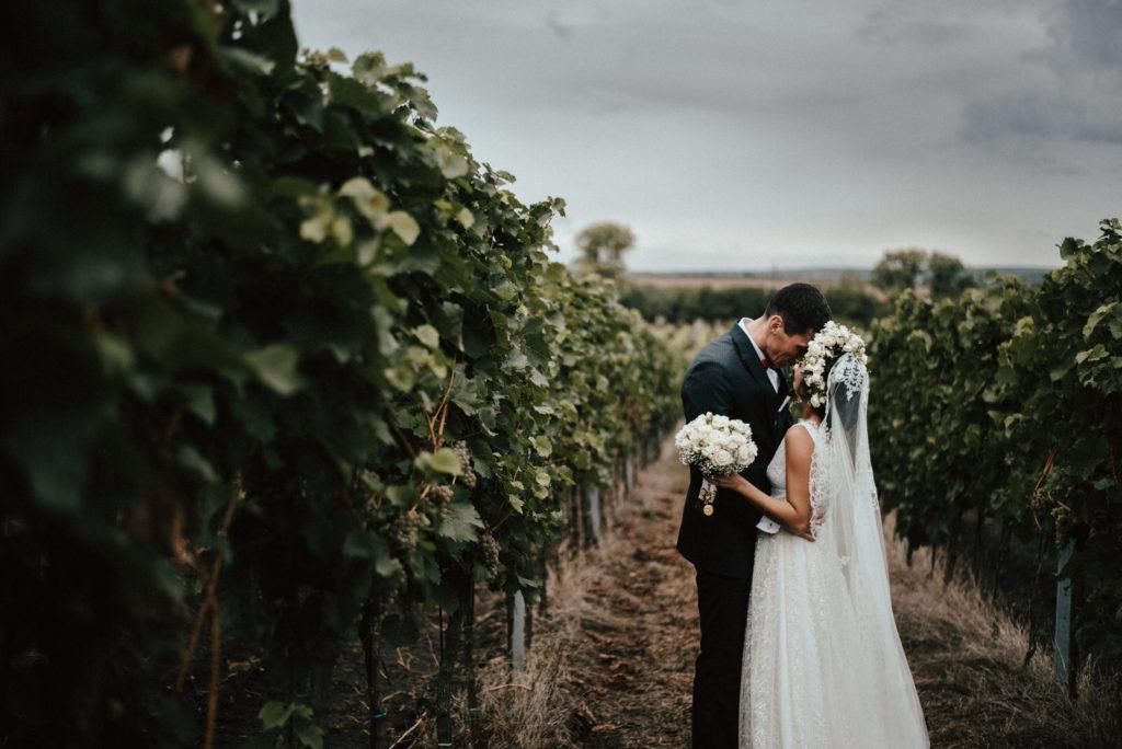 Svatební fotografka Brno - svatba ve vinařský dům Dominant Rakvice